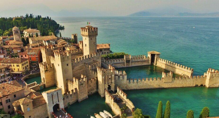Lake Garda: Sirmione boat tour & Lugana wine