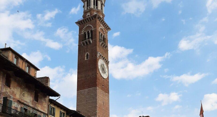 Verona: a Panoramic Aperif on the Lamberti tower
